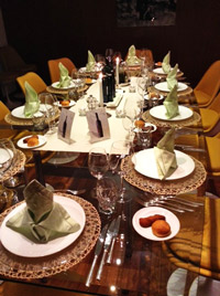 Med,-Table-setting-2013w