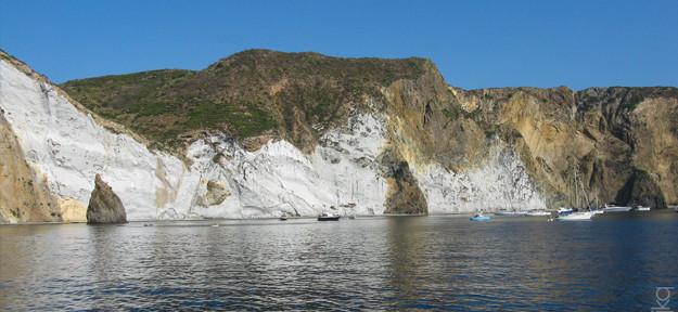 beautiful cliffs of Ponza