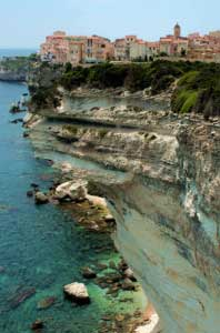reach bonifacio with yacht charter