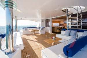 catamaran-windquest1