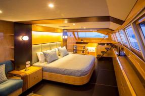catamaran-windquest2