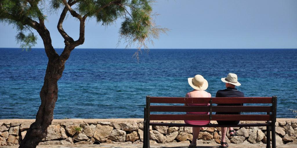 couplebythe sea
