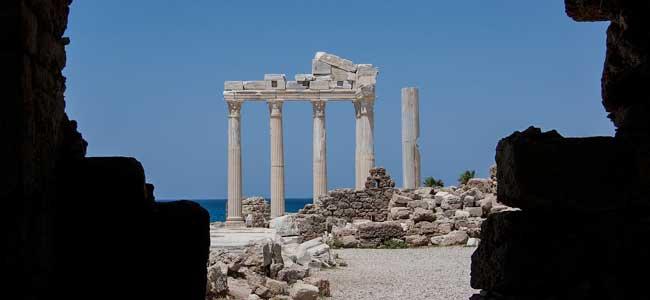 antiquity-170183_1280