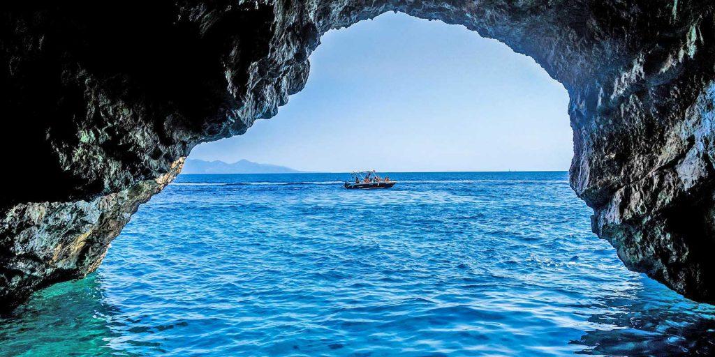 greece-cave